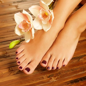 FLORA'S PEDI & SPA PEDI ( MAINLY ORGANIC INGREDIENTS )